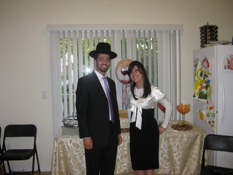 jewish singles in lakewood Editor's note, part 6: in a nine-day series of stories, nj advance media is taking a closer look at lakewood, one of new jersey's fastest-growing and most complex towns lakewood is home to a huge orthodox jewish community and the rapid growth has engulfed the town, igniting tensions between the religious and secular societies on.