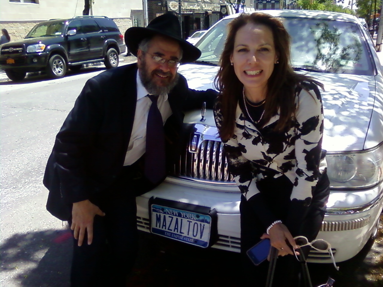 jewish singles in lindsay Lindsay's best free dating site 100% free online dating for lindsay singles at  mingle2com our free personal ads are full of single women and men in.